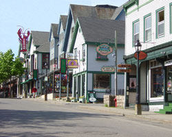 Things to Do in Bar Harbor | Downtown Shopping